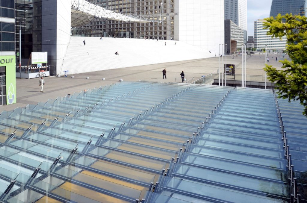 Bistro de l'Arche La Défense (FR) @ RETHINK